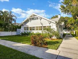 Quaint Home Close To West Palm Beach Arts & Entertainment District, West Palm Beach Villa 1851 photos Exterior