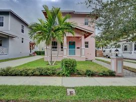 You Will Love This Charming Villa In West Palm Beach, West Palm Beach Villa 1852 photos Exterior
