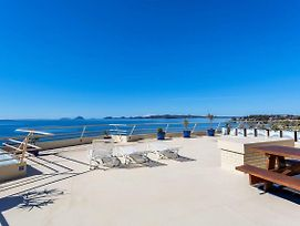 Penthouse With Waterviews photos Exterior