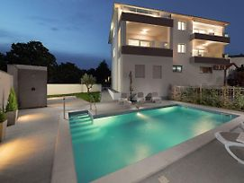 Viras Luxury Holiday photos Exterior