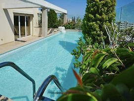 Paphos Luxury Penthouse 175 Sq.M / 10 Minutes Drive To The Sea photos Exterior