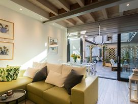 White Suite With Private Terrace By Rentallcomo photos Exterior