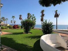 Dona Lola Micaela - Fully Equiped 1 Bedroom Ground Floor Beach Front Apartment With Direct Access To The Beach Of Calahonda - Costa Del Sol - Cs155 photos Exterior
