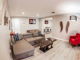 Spacious Home-Minutes To La Attractions P7 - 30 Night Minimum photos Exterior