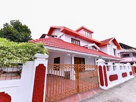 Lively 1Br Homstay In Vennala photos Exterior