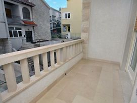 Apartments By The Sea Duce Omis 5973 photos Exterior