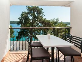 Apartments And Rooms By The Sea Mali Losinj photos Exterior