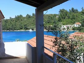 Seaside Secluded Apartments Cove Karkavac - Scedro, Hvar - 8801 photos Exterior