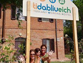 Tuscany Working Hostel photos Exterior