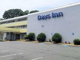 Days Inn By Wyndham Alexandria South photos Exterior