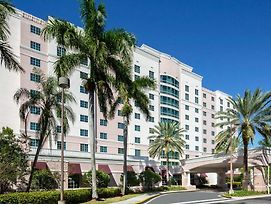 Doubletree By Hilton Sunrise Sawgrass Mills photos Exterior