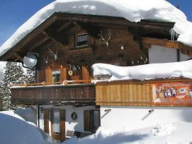 Holiday Accomodations Thaler Hutte Hochfugen Otr051040 Hyc photos Exterior