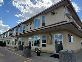 Western Budget Motel Cold Lake photos Exterior