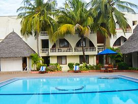 Prideinn Express Diani photos Exterior