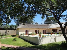Mandebele Lodge photos Exterior