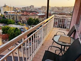 Great City View, Spacious, Affordable Apartment In Downtown photos Exterior