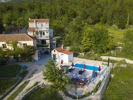 Cttu294/295-Beautiful Stone House In Alt-Tucepi With Heated Pool For 8 + 2 Persons photos Exterior