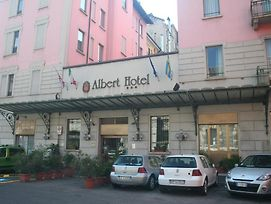 Albert Hotel photos Exterior