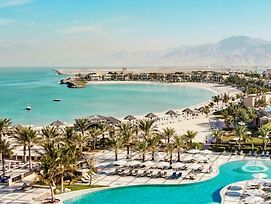 Hilton Ras Al Khaimah Resort & Spa photos Exterior
