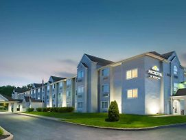 Microtel Inn & Suites By Wyndham Pittsburgh Airport photos Exterior