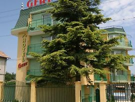 Family Hotel Gery photos Exterior