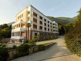 Old Gagra Hotel photos Exterior