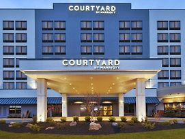 Courtyard By Marriott Secaucus Meadowlands photos Exterior