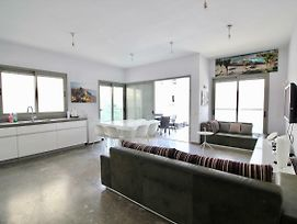 Frishman 9 By The Beach 3Bedrooms With Terrace photos Exterior