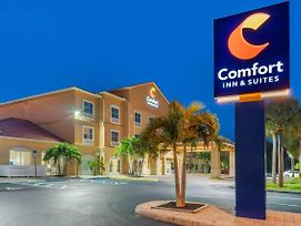 Comfort Inn & Suites Airport photos Exterior
