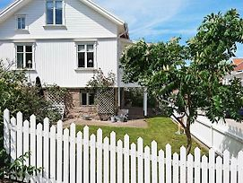 Holiday Home In Kungshamn 5 photos Exterior