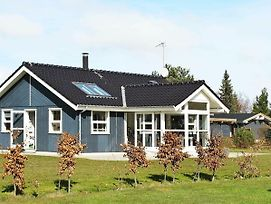 Three-Bedroom Holiday Home In Vaeggerlose 21 photos Exterior