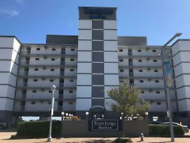 Travelodge By Wyndham Suites Virginia Beach Oceanfront photos Exterior