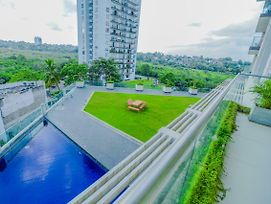 Skygardens Apartment Colombo photos Exterior