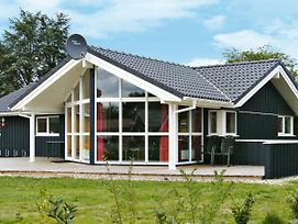Three-Bedroom Holiday Home In Gromitz 1 photos Exterior