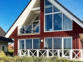Three-Bedroom Holiday Home In Wendtorf 1 photos Exterior