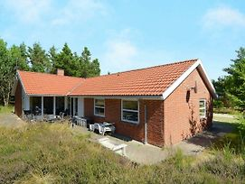 Four Bedroom Holiday Home In Blavand 19 photos Exterior