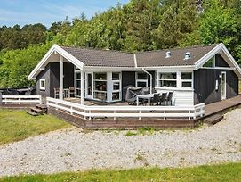 Three-Bedroom Holiday Home In Ebeltoft 20 photos Exterior