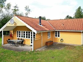 Four Bedroom Holiday Home In Oksbol 6 photos Exterior