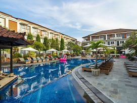 Sol House Bali Kuta By Melia Hotel International photos Exterior
