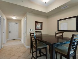 1211 - 2B/2 Bath With Bunks. Master Bedroom & Living Room Face The Gulf! photos Exterior