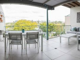 Spacious 3 Bedroom T House Close To City And Train photos Exterior