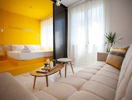 Njoy Apartment Perfectly Renovated photos Exterior