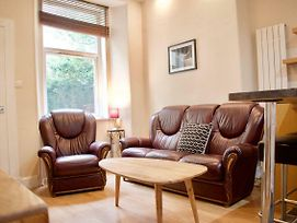 Refurbished Homely 1 Bedroom Flat In Edinburgh photos Exterior