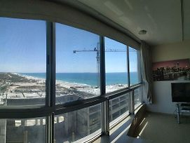Beach Front Tel Aviv Bat Yam Apartment -Hotel 39 photos Exterior