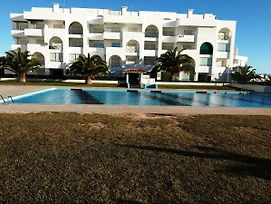 Apartamento Na Praia De Porches By Iziboo Kings photos Exterior