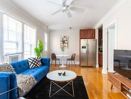 Stylish And Comfy Condo In Lincoln Square, 10 Min To Wrigley Ea4 photos Exterior
