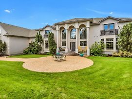 New Listing! Luxe Retreat W/ Game Room & Library Home photos Exterior