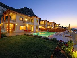Danae'S Luxury Villas photos Exterior