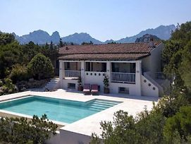 Cugnana Verde Villa Sleeps 8 Wifi photos Exterior