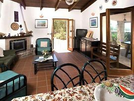 Alghero Villa Sleeps 6 Pool Air Con Wifi photos Exterior